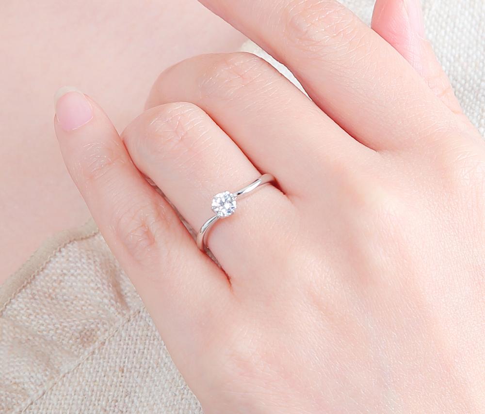 15万円以内で揃うおすすめプラチナ婚約指輪